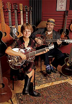 Dakota Dave Hull and Kari Larson